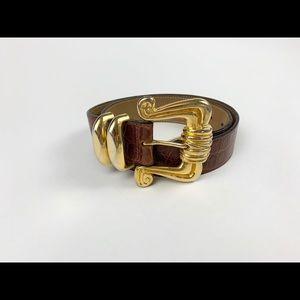 Accessories - Brown leather skin belt with gold buckle